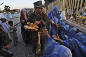 آخرین آمار فقر مردم افغانستان