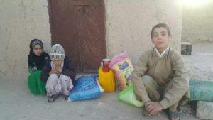 مرحله دیگری از توزیع موادغذایی بین نیازمندان تحت پوشش صندوق در قندهار